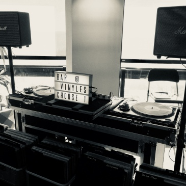 #baravinyles #technics #marshall #SL1200 #vinyles #cocktail #seminaire #events